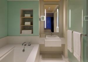 naturally cool bathroom 1280x960(c)RadissonBluAquaHotel